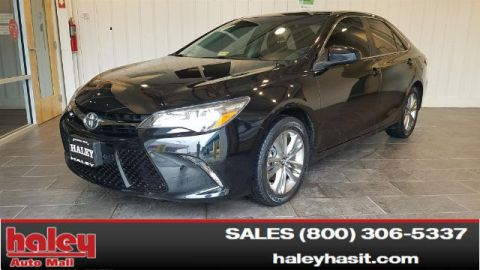 Pre-Owned 2015 Toyota Camry SE FWD  Door  Sedan