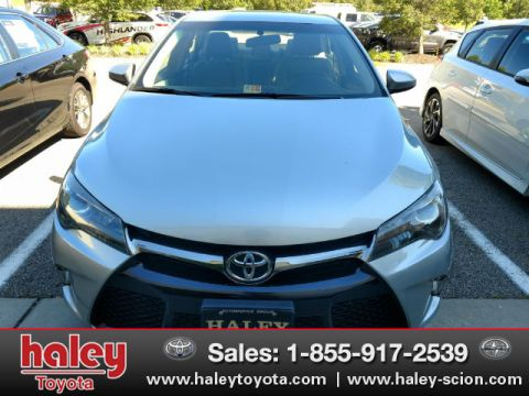 Pre-Owned 2015 Toyota Camry SE FWD 4 Door  Sedan