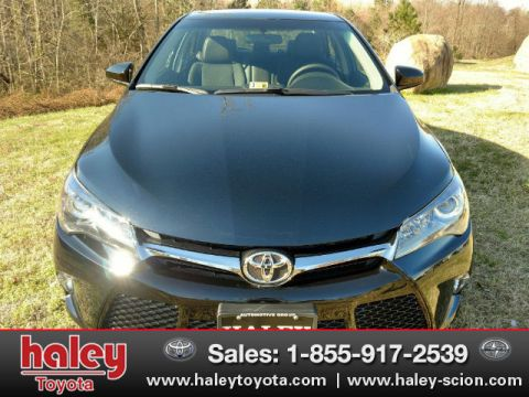 Pre-Owned 2017 Toyota Camry SE FWD 4 Door  Sedan