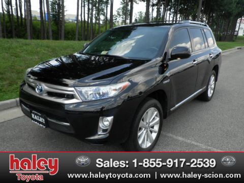 Pre-Owned 2011 Toyota Highlander Hybrid Limited AWD