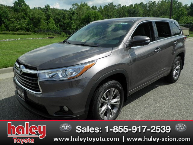 new 2016 toyota highlander le plus v6 suv in midlothian h56355 haley toyota of richmond. Black Bedroom Furniture Sets. Home Design Ideas