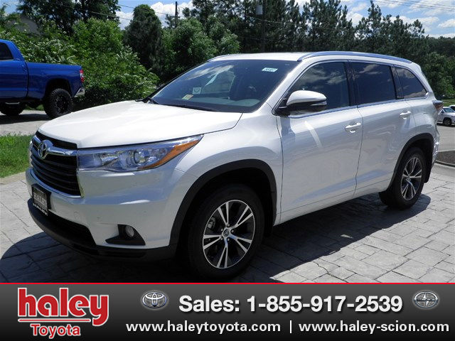 new 2016 toyota highlander xle v6 suv in midlothian h56487 haley toyota of richmond. Black Bedroom Furniture Sets. Home Design Ideas
